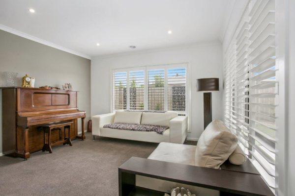 Highprofile White Sitting Room